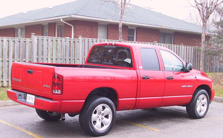 2002 dodge ram 1500 review cars photos test drives and reviews canadian auto review. Black Bedroom Furniture Sets. Home Design Ideas