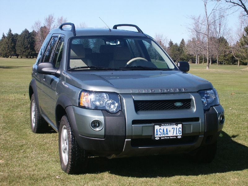 canadian auto review 2004 land rover freelander v6 photos. Black Bedroom Furniture Sets. Home Design Ideas