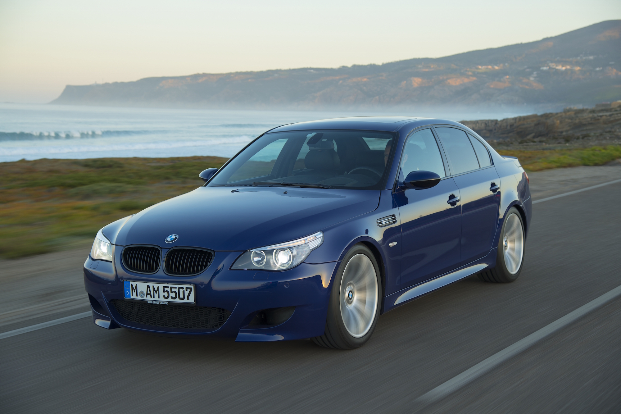 2005 bmw e60 m5 exhaust notes canadian auto review. Black Bedroom Furniture Sets. Home Design Ideas