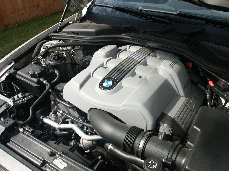 Canadian Auto Review BMW Ci Photos - Bmw 645ci engine