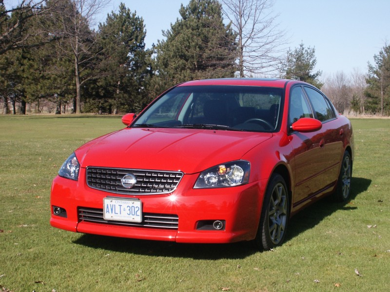 canadian auto review 2005 nissan altima se r photos. Black Bedroom Furniture Sets. Home Design Ideas