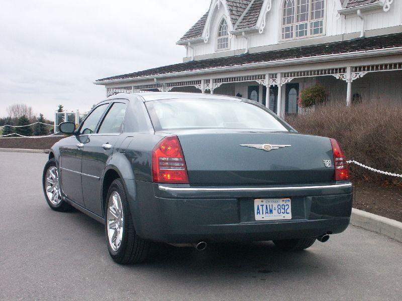 Canadian Auto Review 2008 Chrysler 300c Hemi Photos