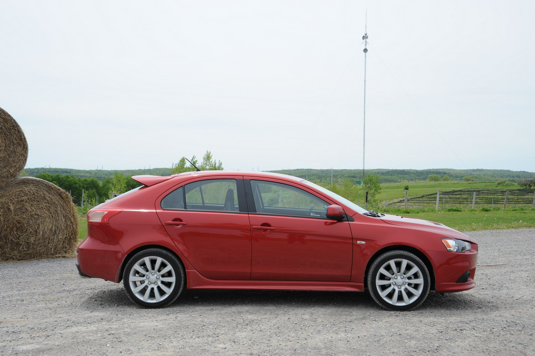 2009 Mitsubishi Lancer Sportback Ralliart Photo Gallery - Cars, Photos, Test Drives, and Reviews ...
