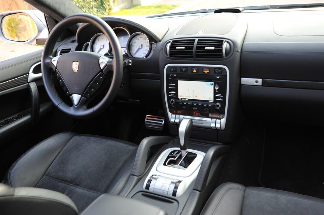 2009 porsche cayenne turbo s silver interior black