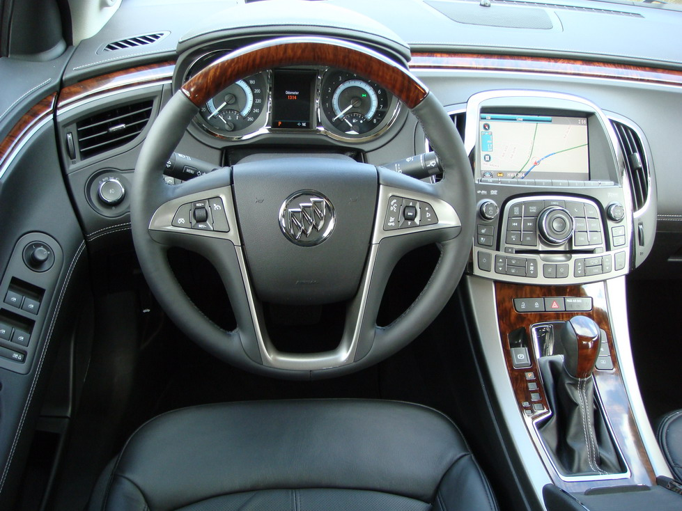 2010 Buick Lacrosse Photo Gallery Cars Photos Test Drives And Reviews Canadian Auto Review