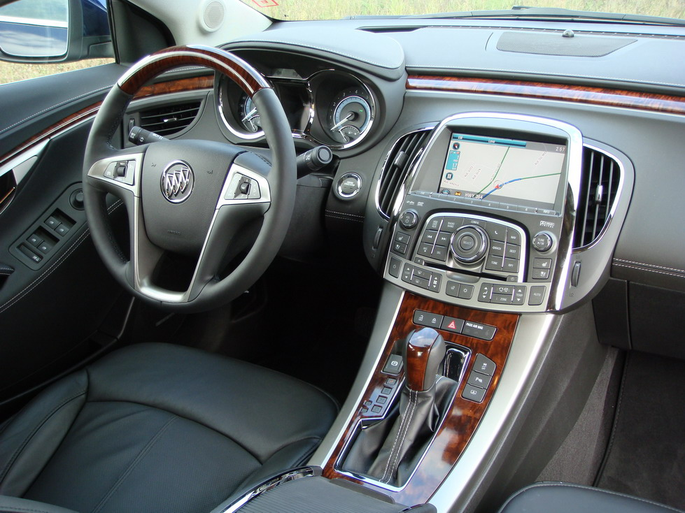 2010 buick lacrosse photo gallery cars photos test. Black Bedroom Furniture Sets. Home Design Ideas