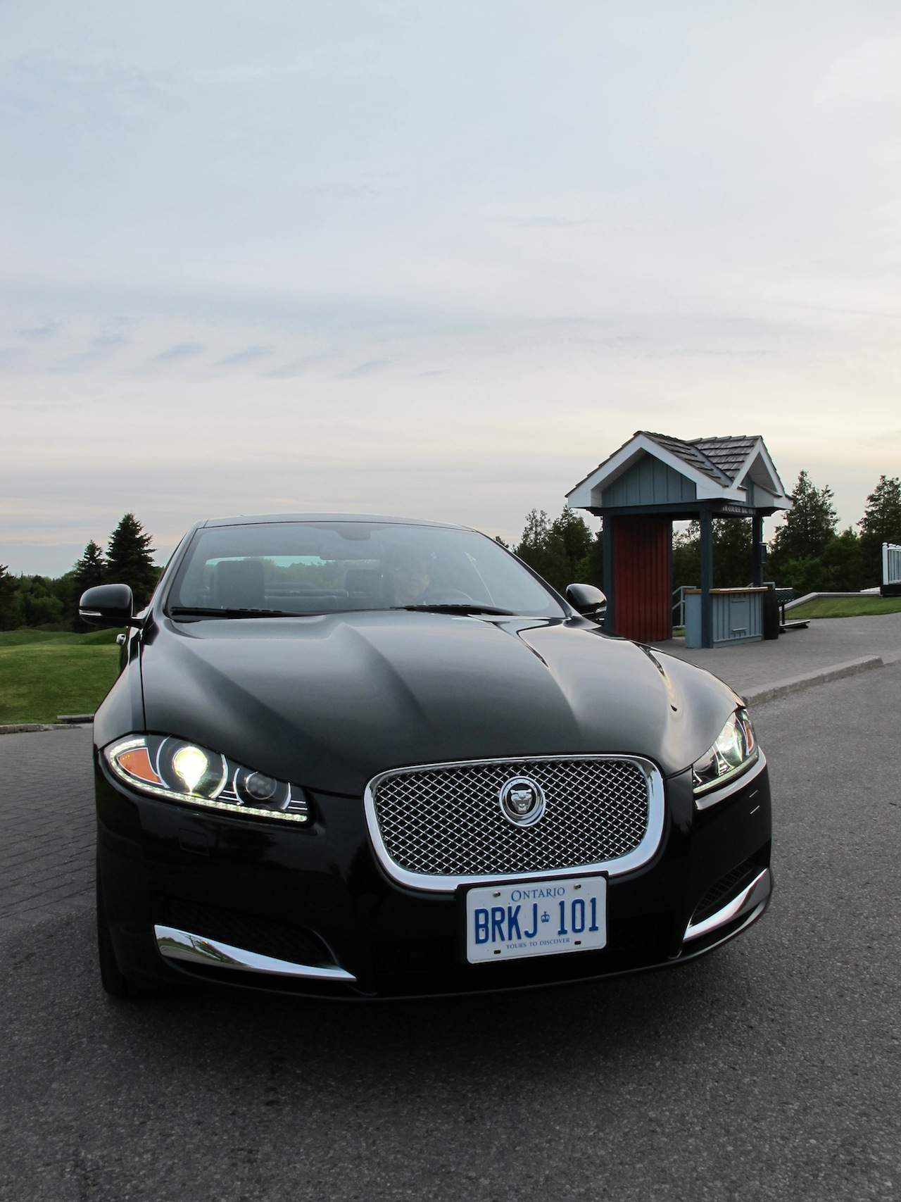 the jaguar close reading Save money on one of 2 used jaguar xfs in reading, pa find your perfect car with edmunds expert and consumer car reviews, dealer reviews, car.