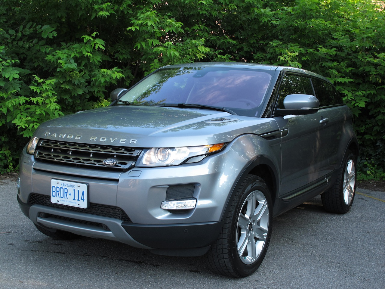 2013 range rover evoque coupe review cars photos test drives and reviews canadian auto review. Black Bedroom Furniture Sets. Home Design Ideas