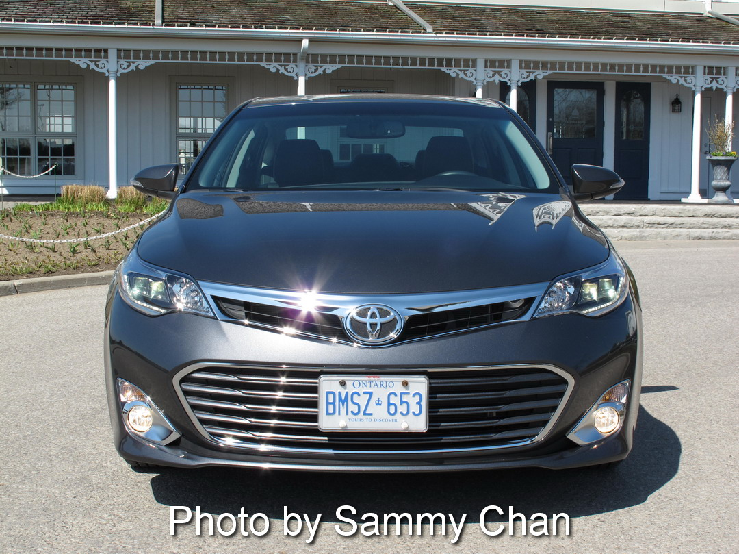 2013 toyota avalon photo gallery cars photos test drives and reviews canadian auto review