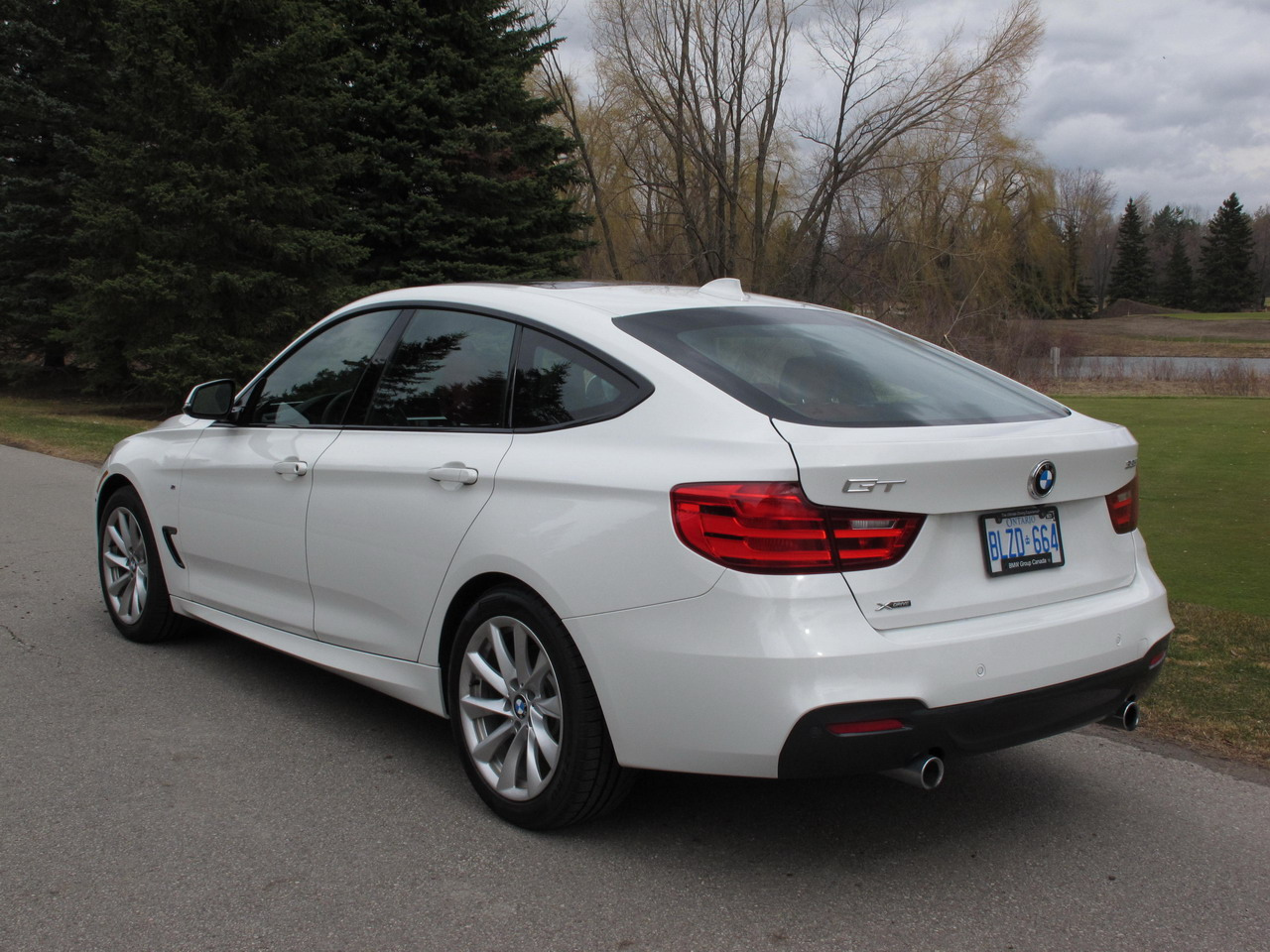 2014 bmw 335i gt xdrive review cars photos test drives and reviews canadian auto review. Black Bedroom Furniture Sets. Home Design Ideas