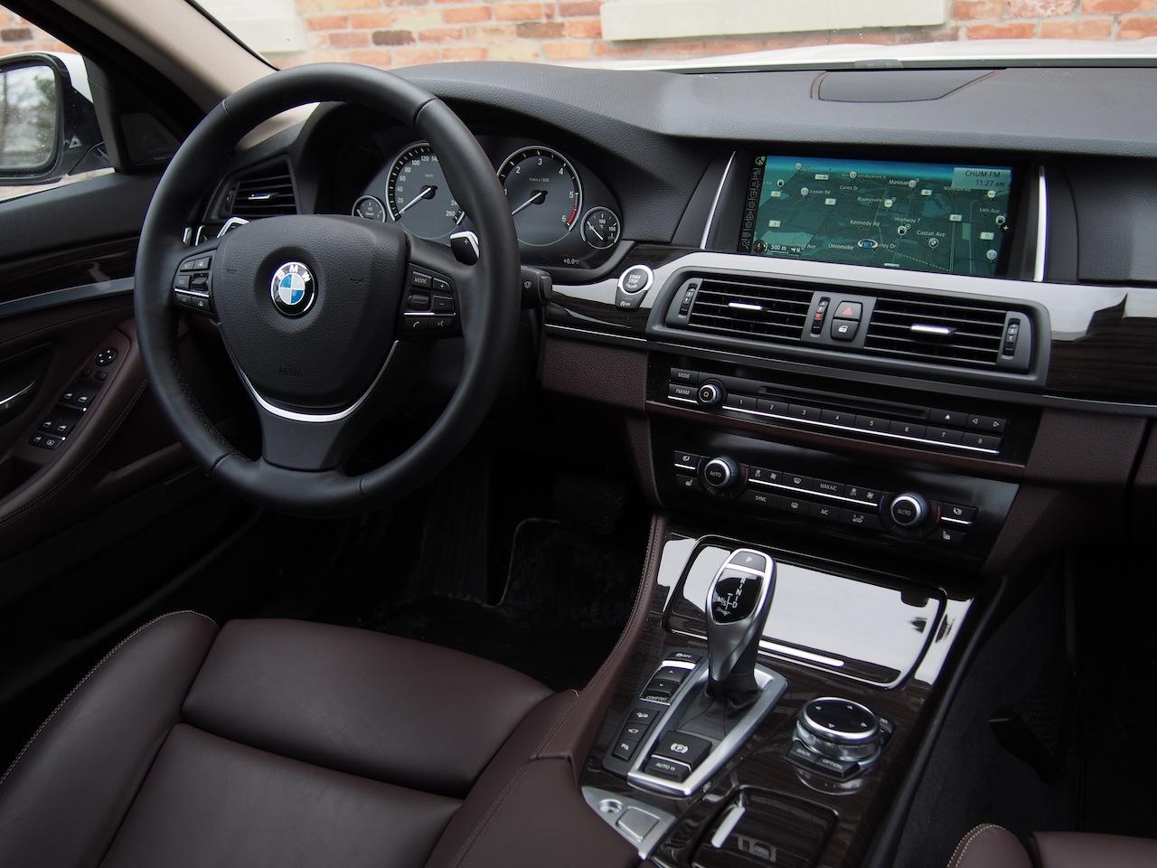2014 bmw 535d xdrive metallic white interior dash
