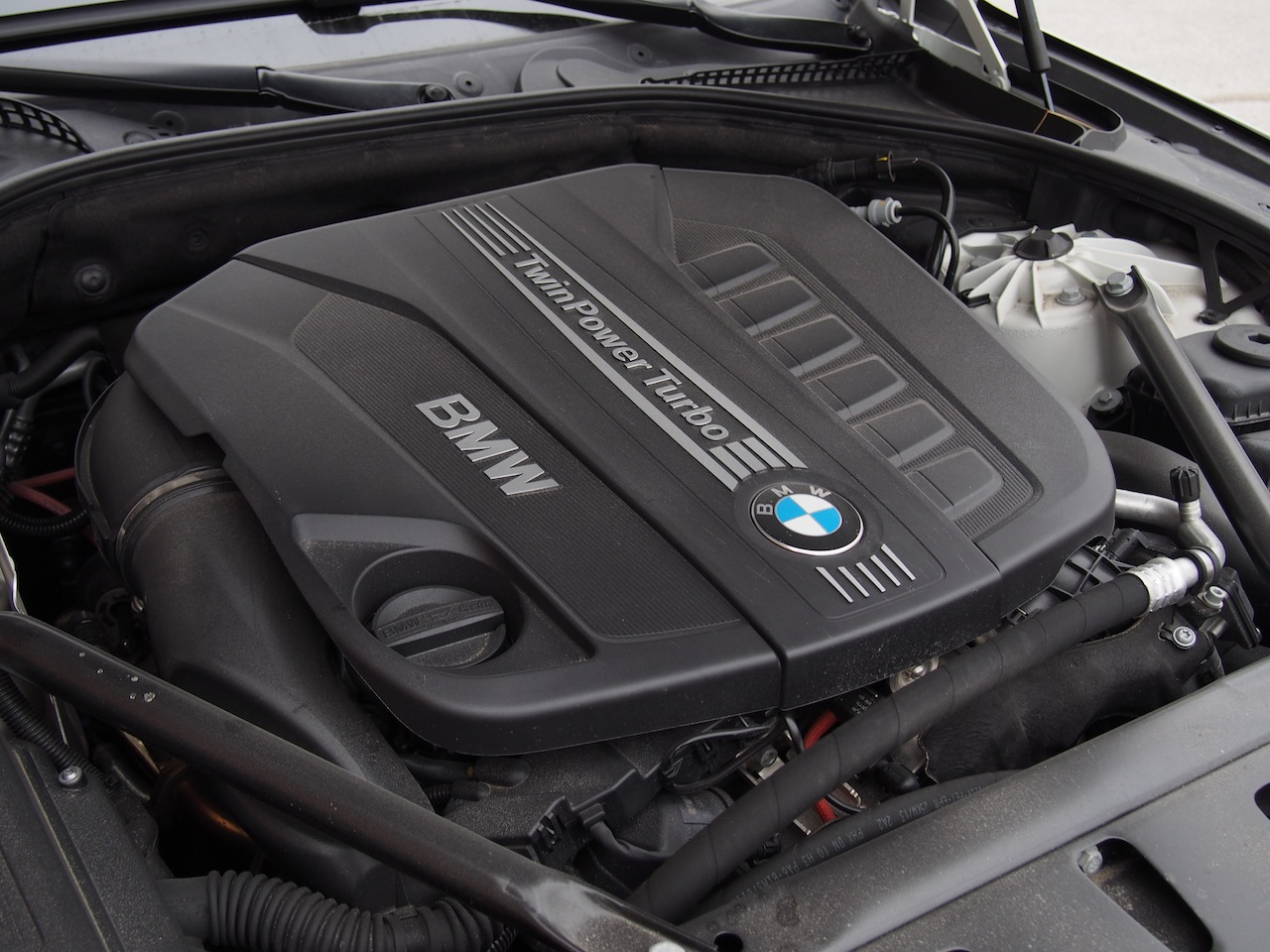 2014 BMW 535d xDrive Review - Cars, Photos, Test Drives, and