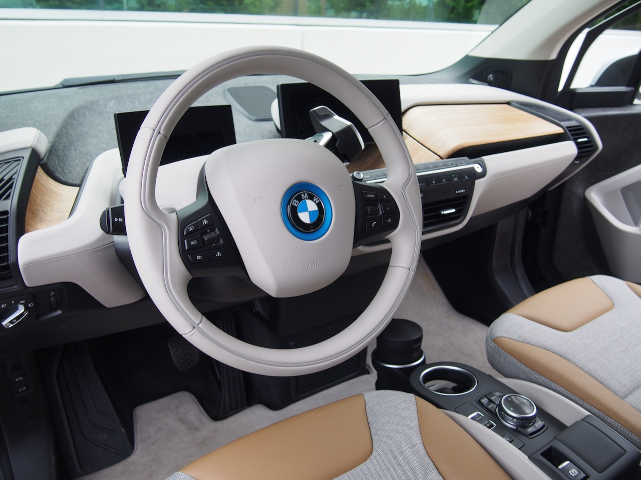 2014 bmw i3 first drive - cars, photos, test drives, and reviews