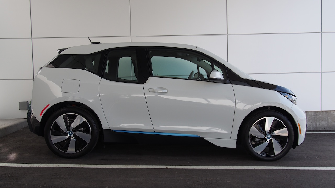 2014 Bmw I3 First Drive Cars Photos Test Drives And Reviews Canadian Auto Review