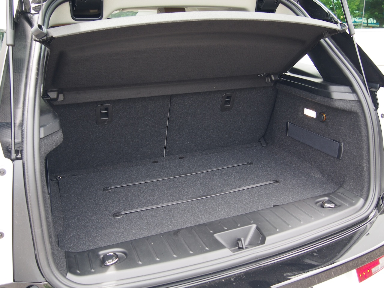 2014 BMW I3 Capparis White Lodge Trunk Storage Space
