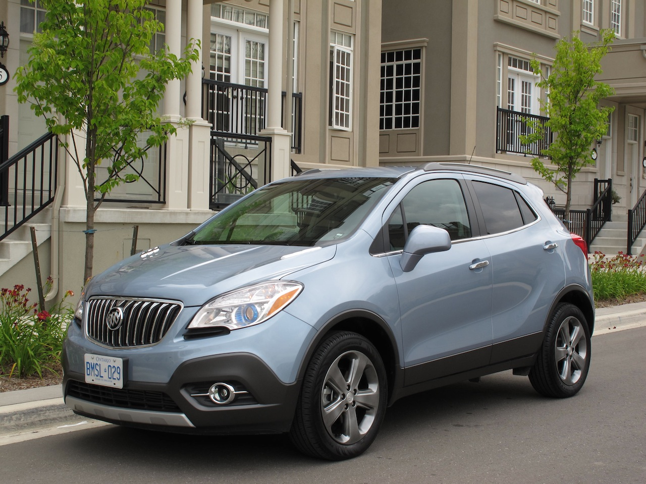 2014 buick encore photo gallery cars photos test drives and. Cars Review. Best American Auto & Cars Review