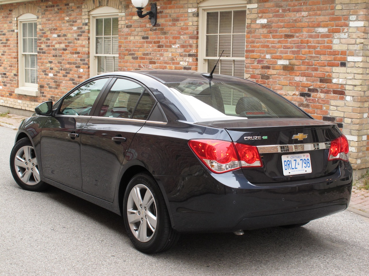 2014 chevrolet cruze diesel review cars photos test drives and reviews canadian auto. Black Bedroom Furniture Sets. Home Design Ideas