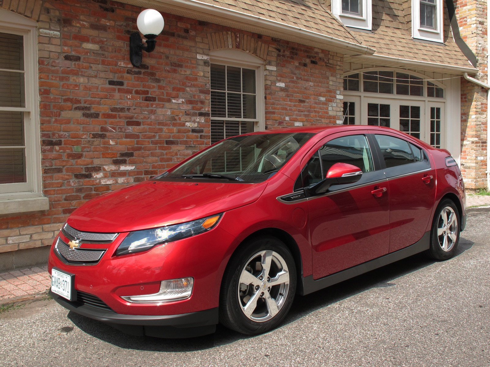 2014 chevrolet volt review cars photos test drives and reviews canadian auto review. Black Bedroom Furniture Sets. Home Design Ideas