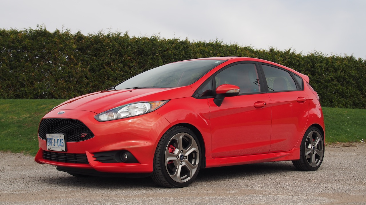 2014 ford fiesta st molten orange front side view