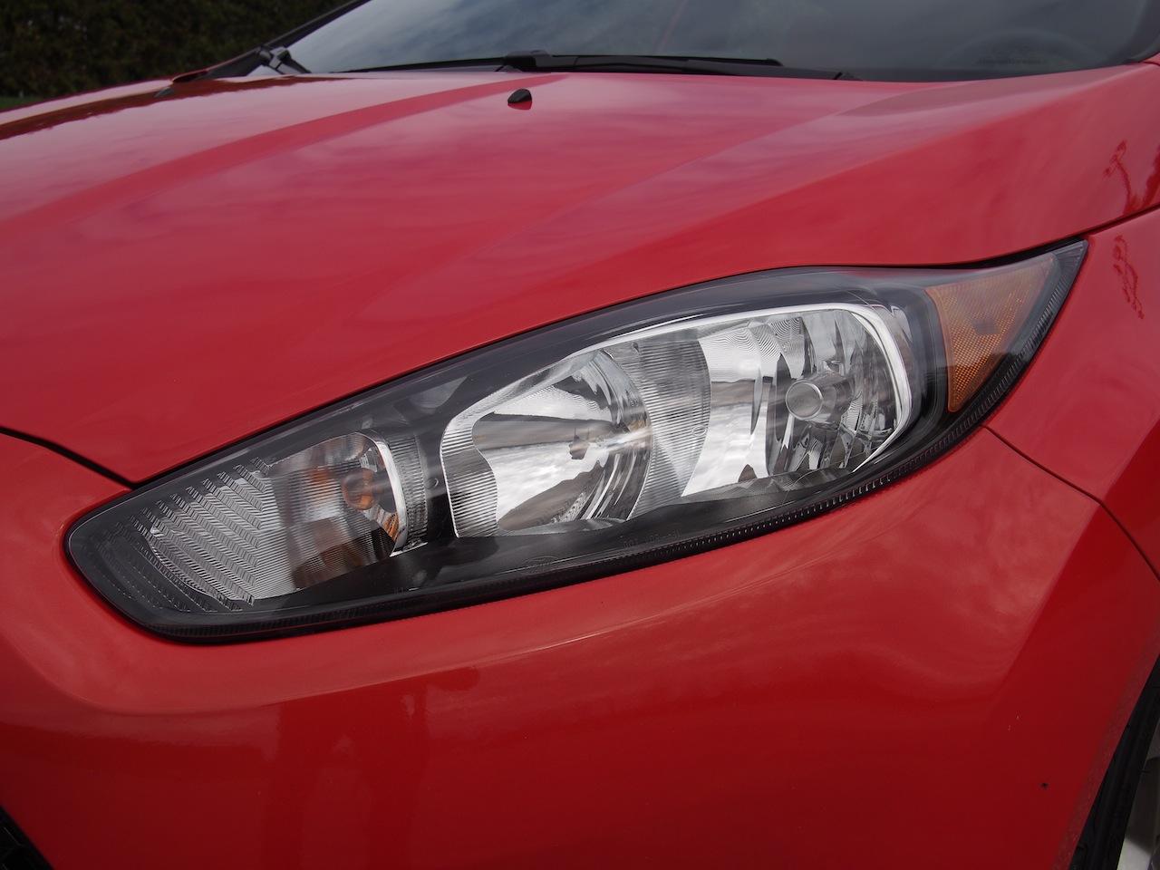 2014 ford fiesta st molten orange front headlights