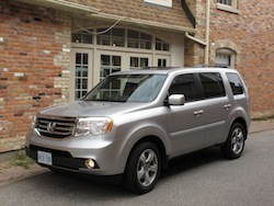 2014 Honda Pilot Silver front side view