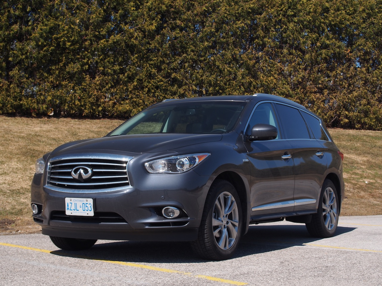 2014 infiniti qx60 hybrid review car autos weblog. Black Bedroom Furniture Sets. Home Design Ideas
