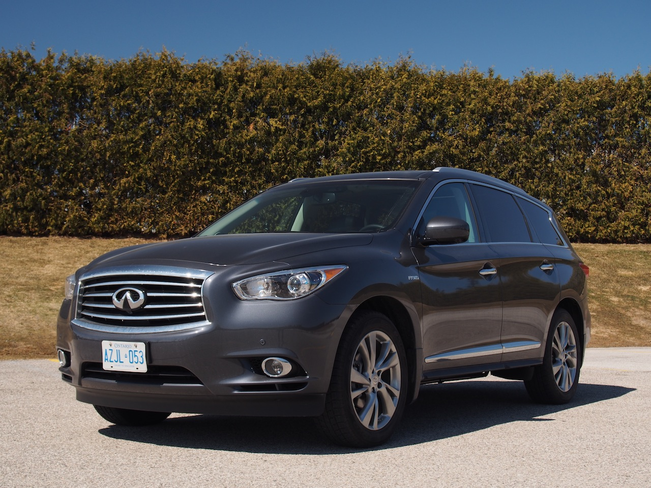 2014 infiniti qx60 hybrid review cars photos test drives and reviews canadian auto review. Black Bedroom Furniture Sets. Home Design Ideas