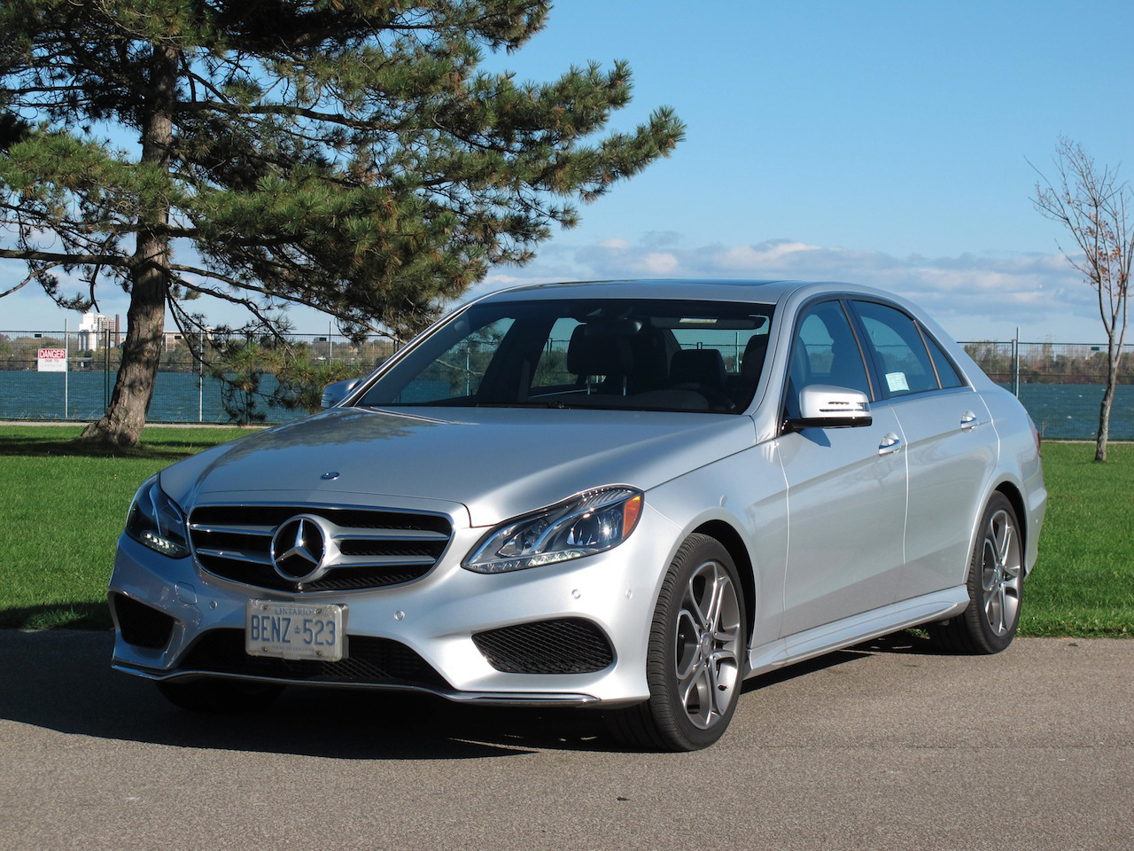 2014 mercedes benz e250 bluetec review cars photos for 2014 mercedes benz e class e250 bluetec sedan review