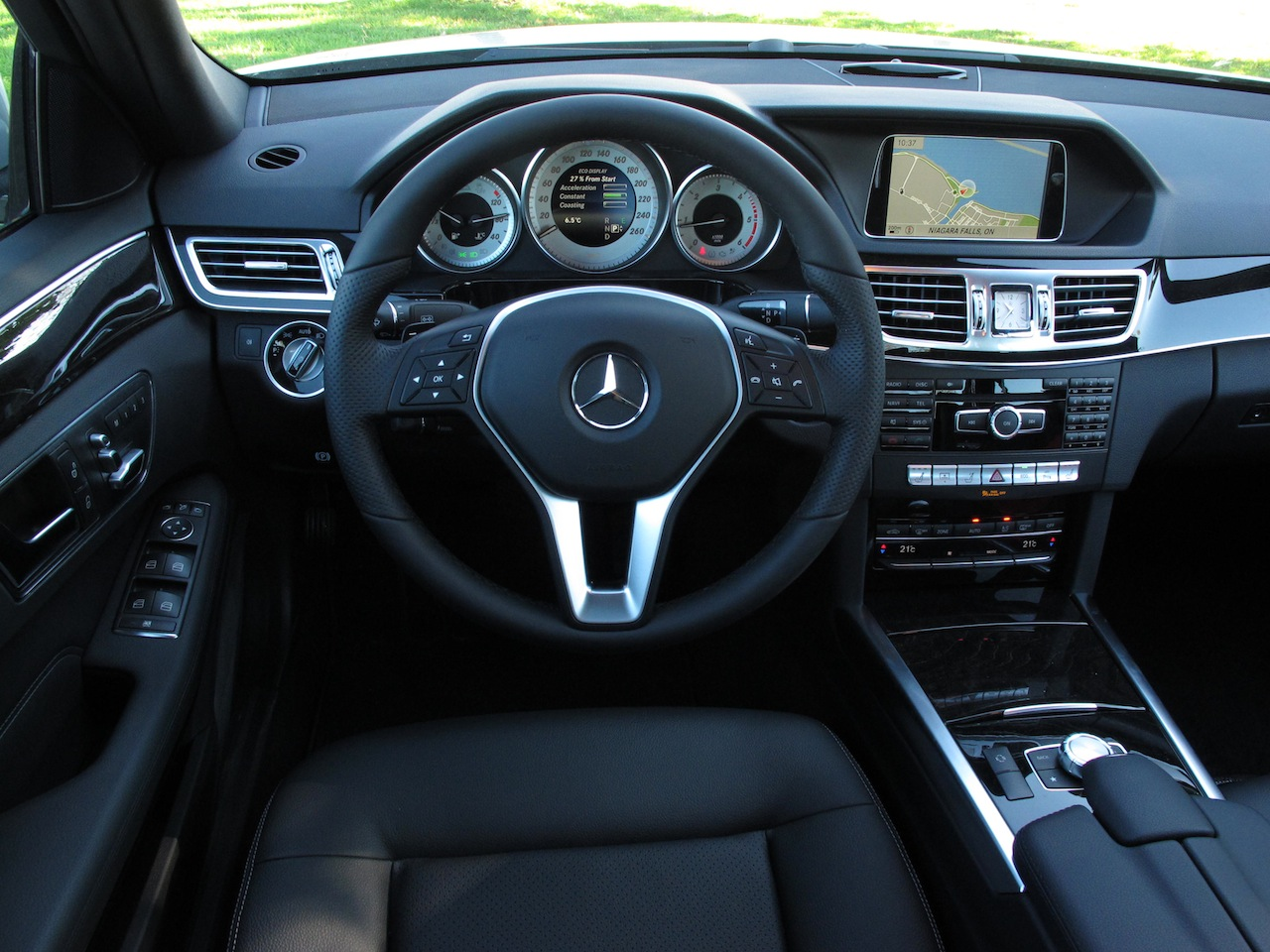 Led Lights For Cars >> 2014 Mercedes-Benz E250 BlueTEC Review - Cars, Photos, Test Drives, and Reviews | Canadian Auto ...