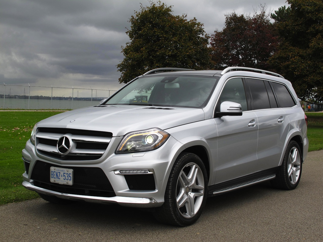 2014 mercedes benz gl350 bluetec photo gallery cars for Mercedes benz gl 350 bluetec