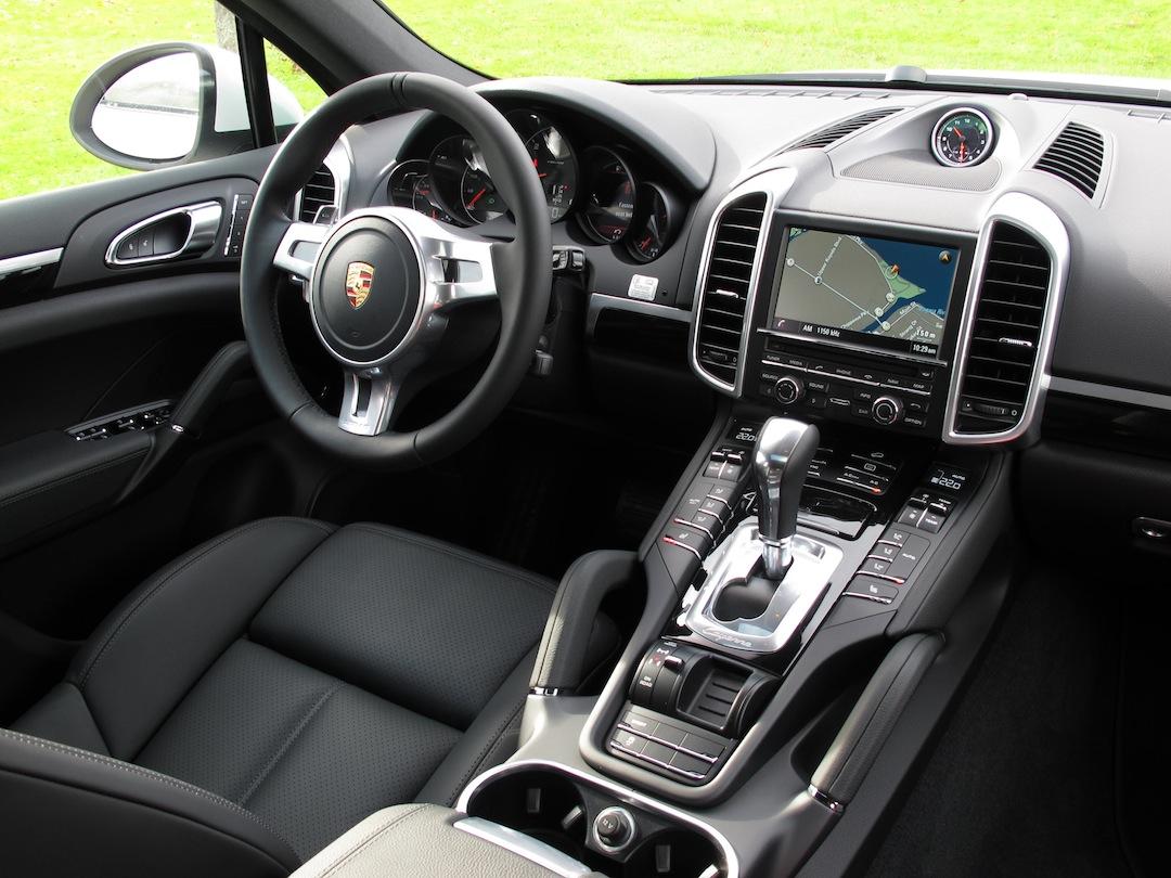 2014 porsche cayenne diesel white interior dashboard center console with leather
