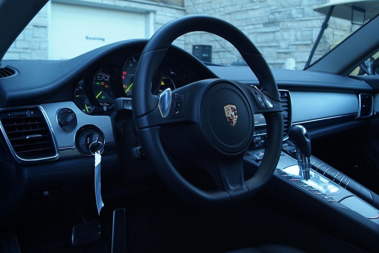 porsche panamera black interior. 2014 porsche panamera s ehybrid black interior dashboard view with steering wheel