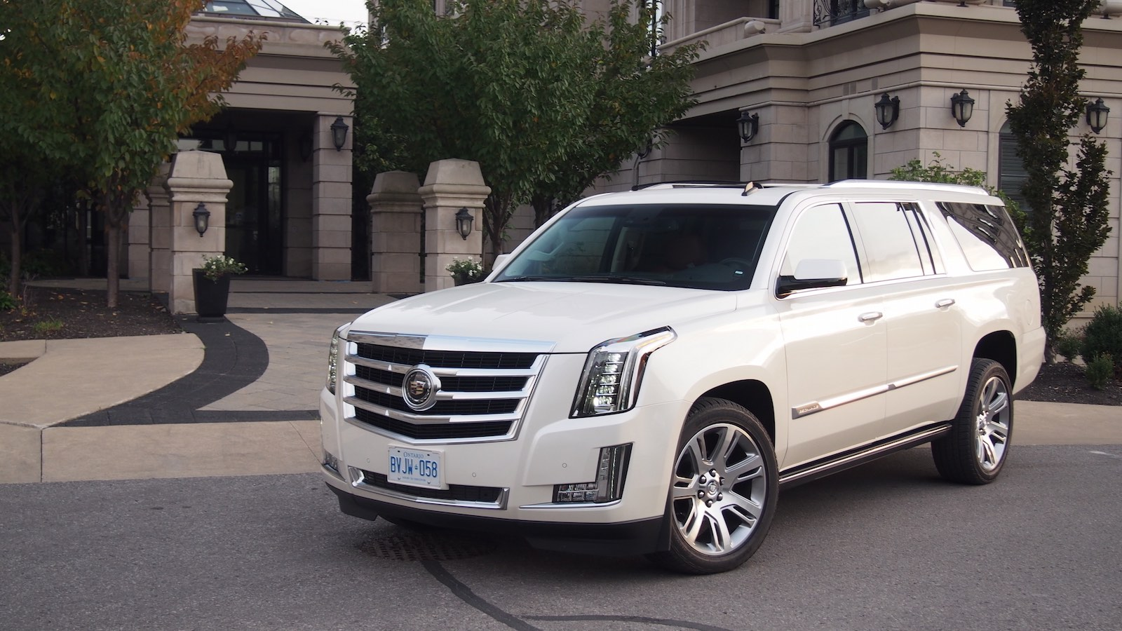 Review 2015 cadillac escalade esv canadian auto review