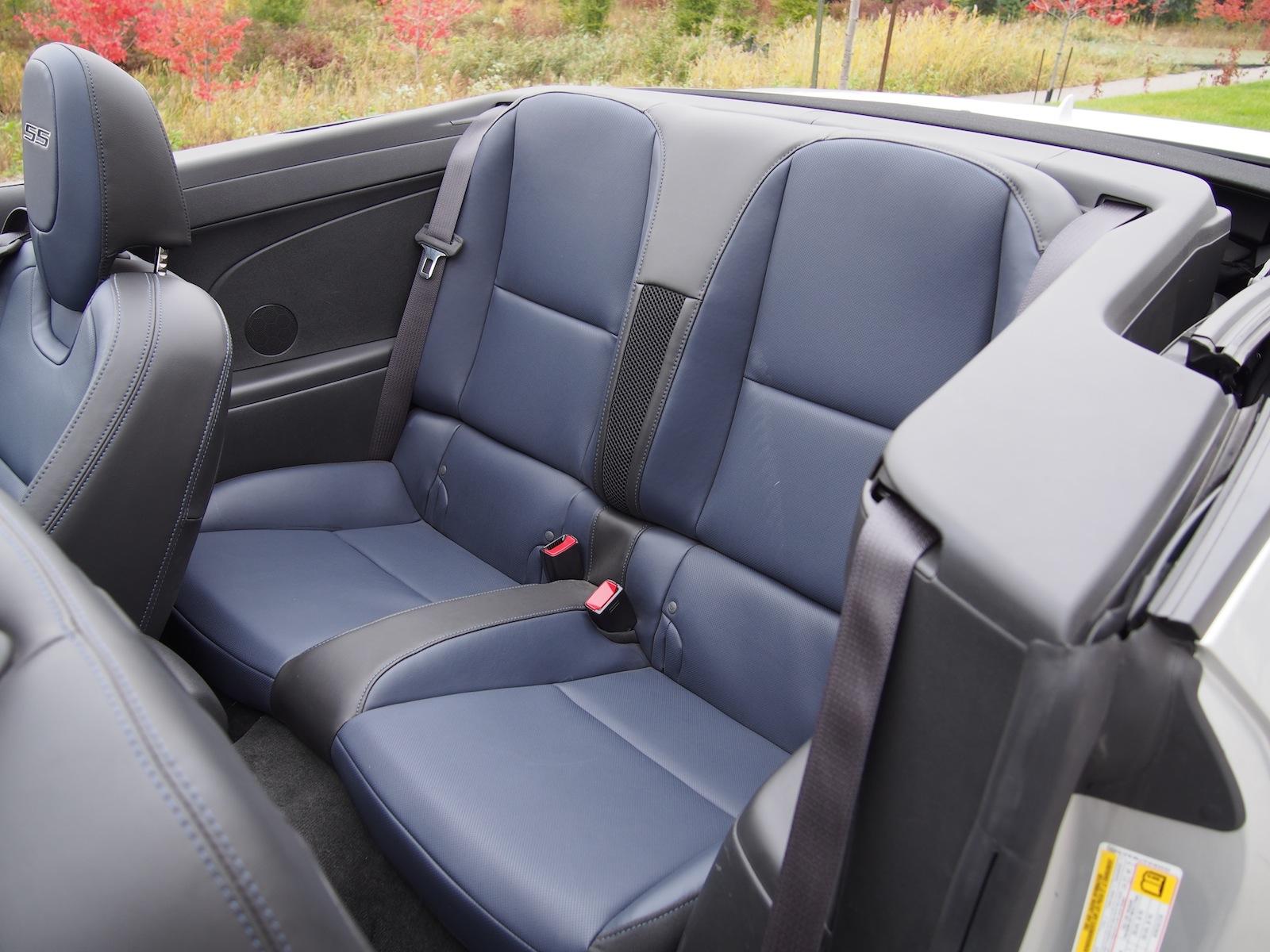 2015 chevrolet camaro ss convertible blue rear seats - Camaro 2015 Convertible Blue