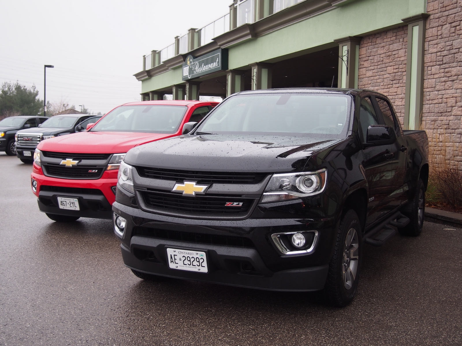 review 2015 chevrolet colorado z71 and 2015 gmc canyon canadian auto review. Black Bedroom Furniture Sets. Home Design Ideas