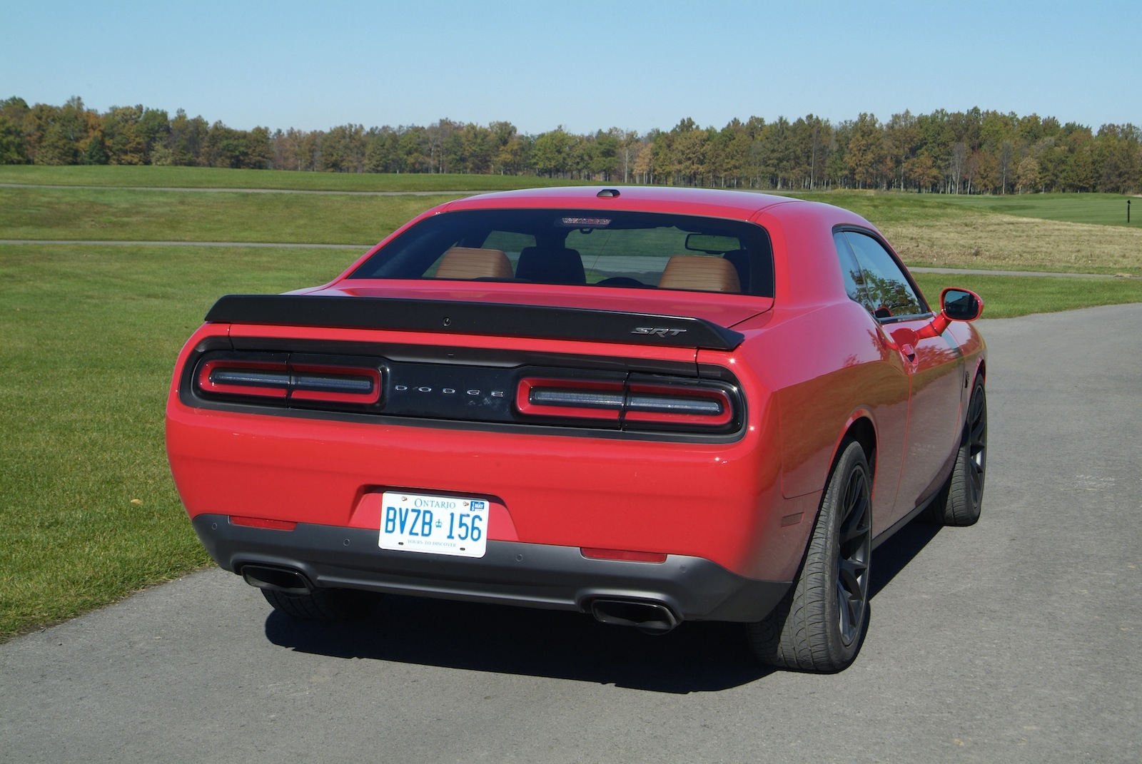 2015 dodge challenger srt hellcat first drive canadian auto