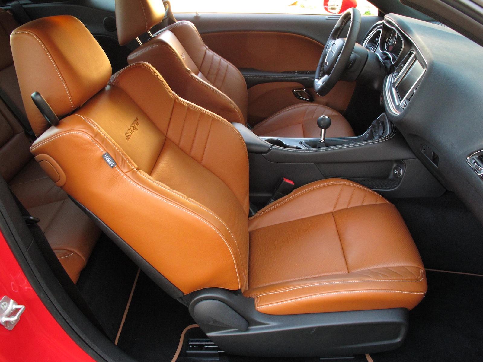 2015 dodge challenger srt hellcat front leather seats