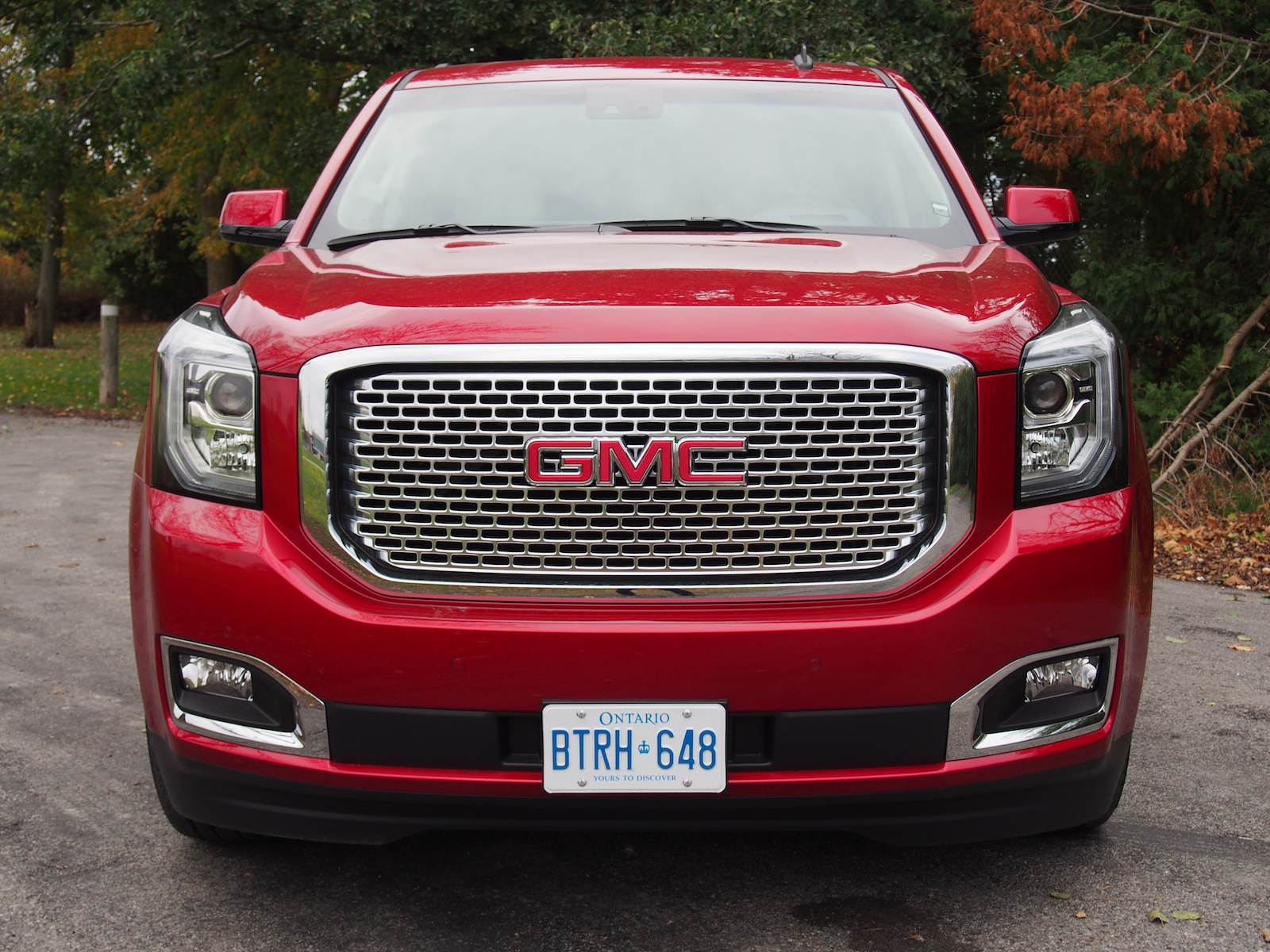 review 2015 gmc yukon denali xl canadian auto review. Black Bedroom Furniture Sets. Home Design Ideas