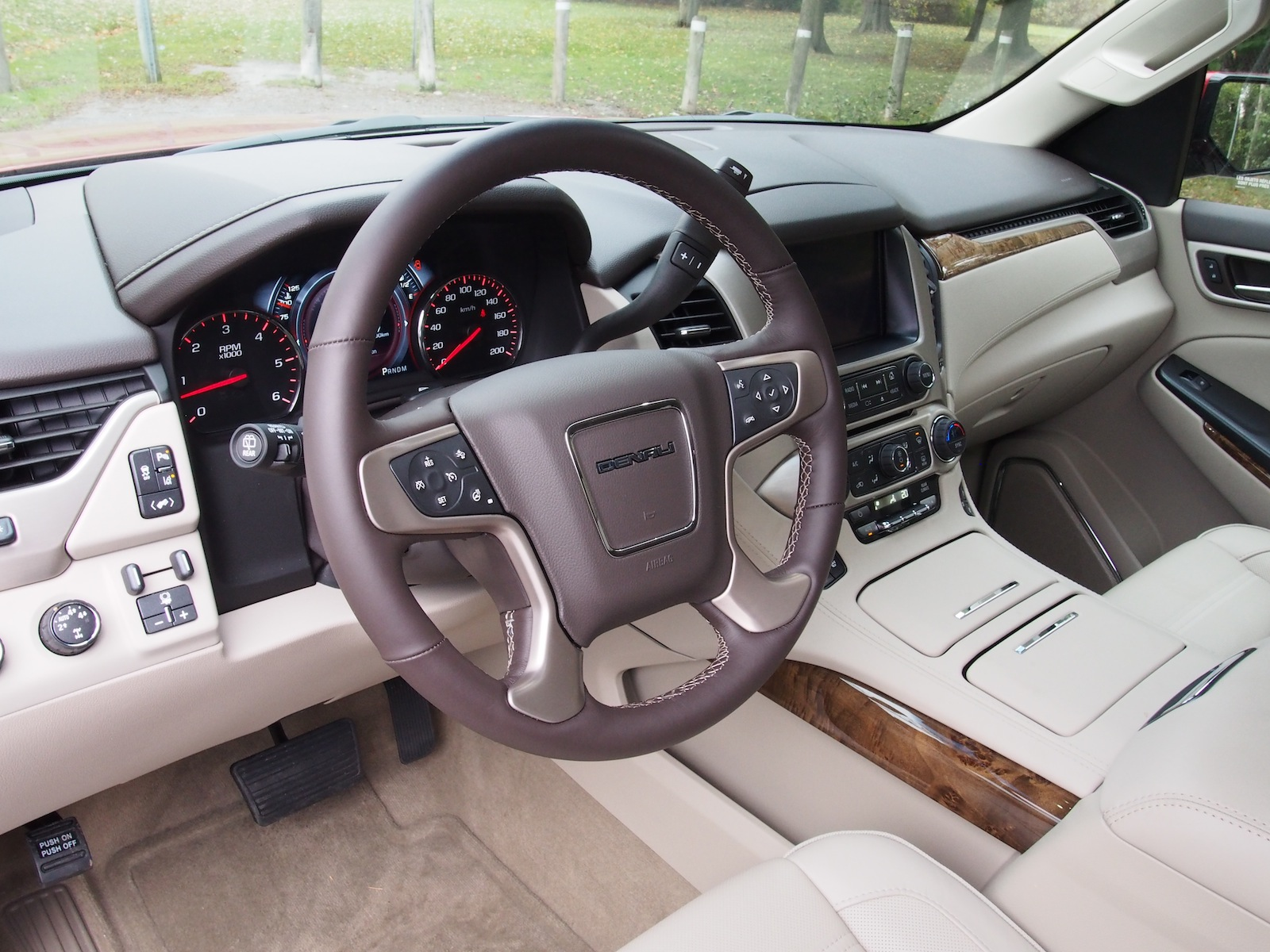 Review 2015 Gmc Yukon Denali Xl Canadian Auto Review