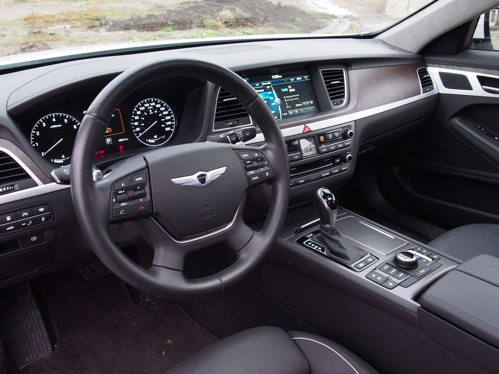 2015 hyundai genesis black interior. Black Bedroom Furniture Sets. Home Design Ideas