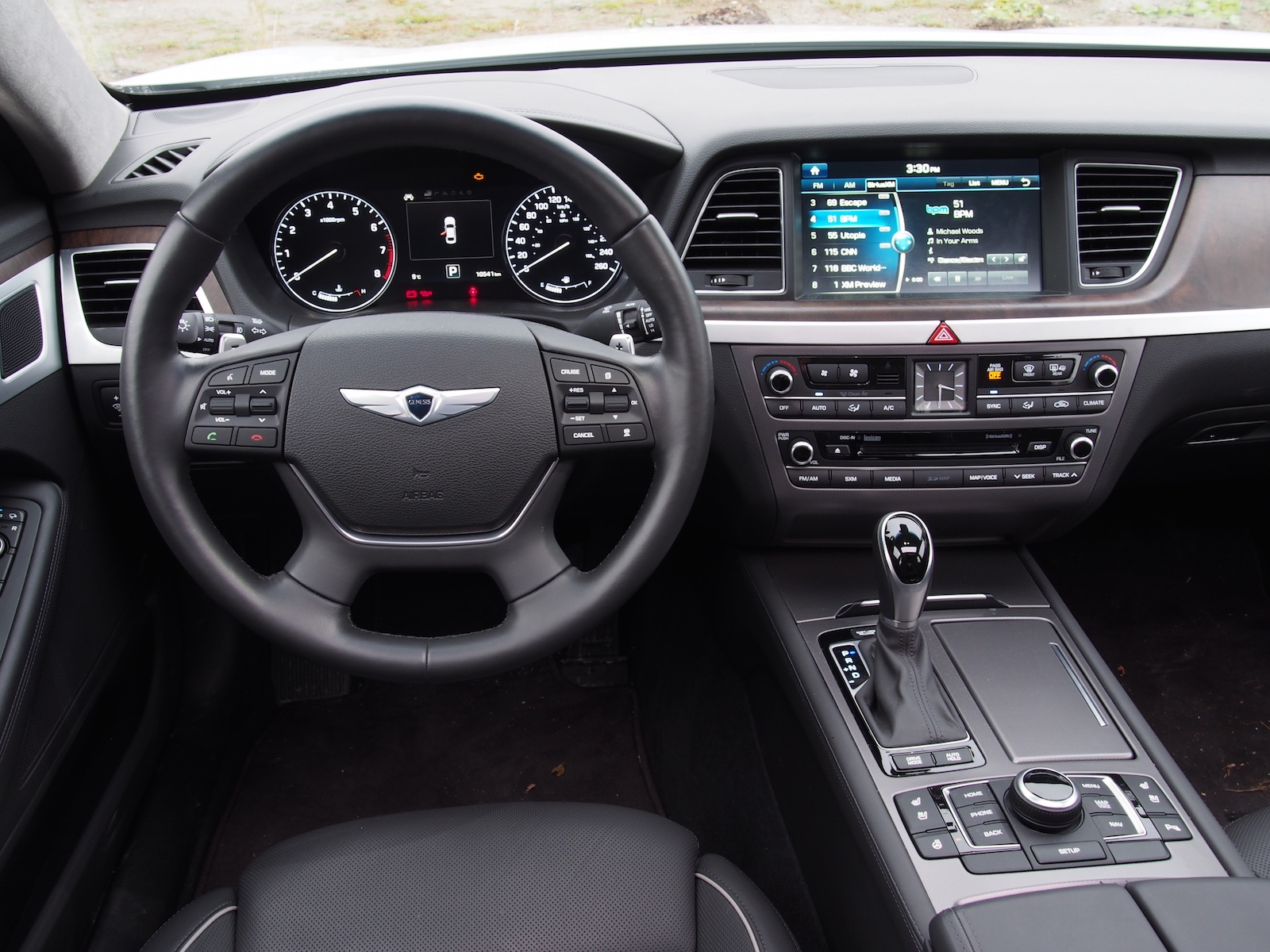 Lovely 2015 Hyundai Genesis V8 Black Interior Steering Wheel ... Images