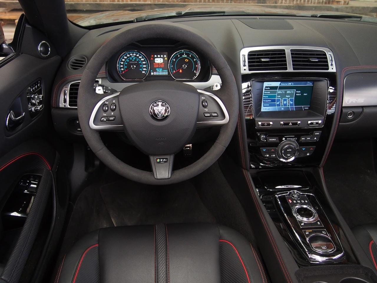 2015 jaguar xkr s convertible black interior steering wheel dashboard