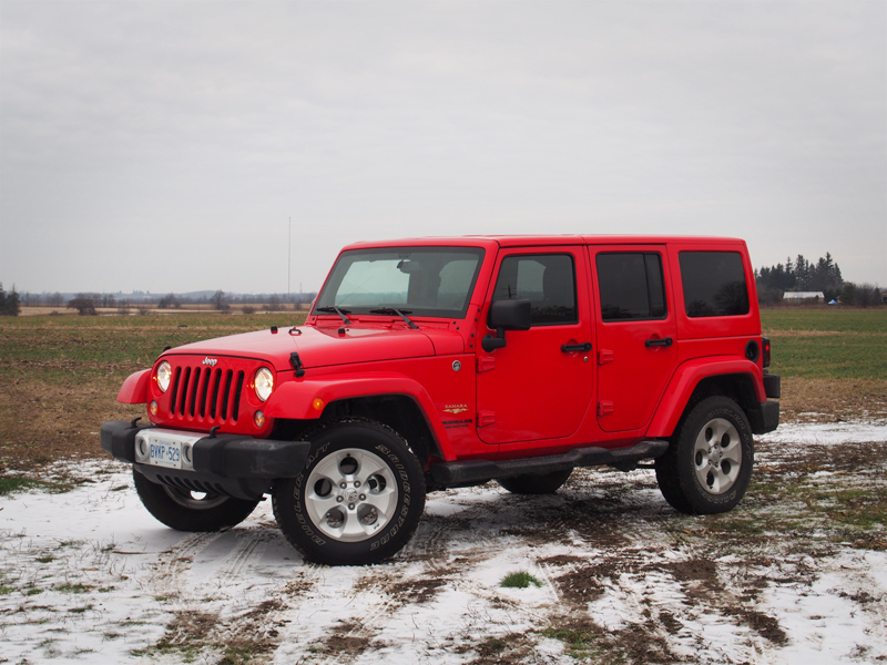 review 2015 jeep wrangler unlimited sahara canadian. Black Bedroom Furniture Sets. Home Design Ideas