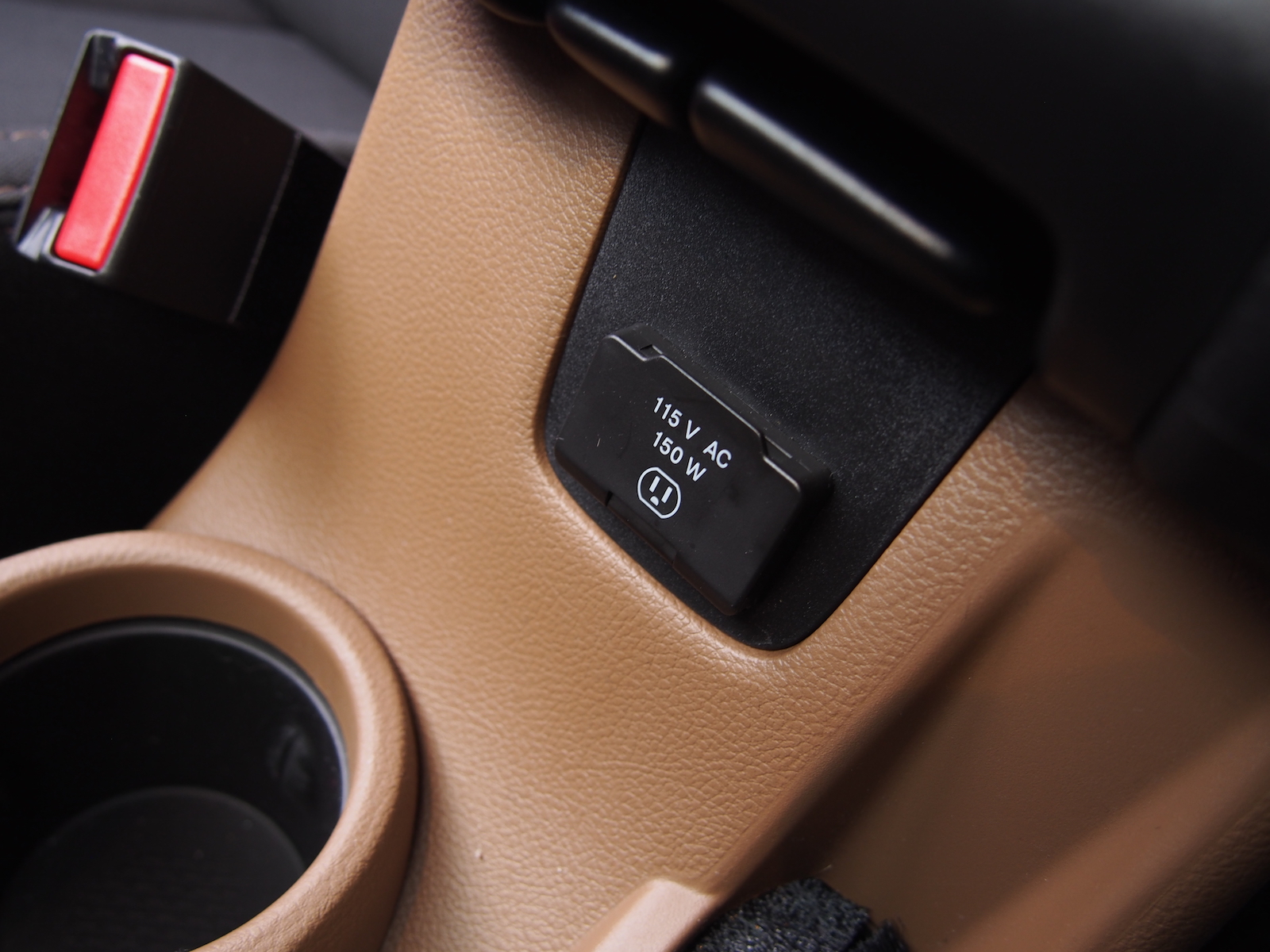 Review 2015 Jeep Wrangler Unlimited Sahara Canadian