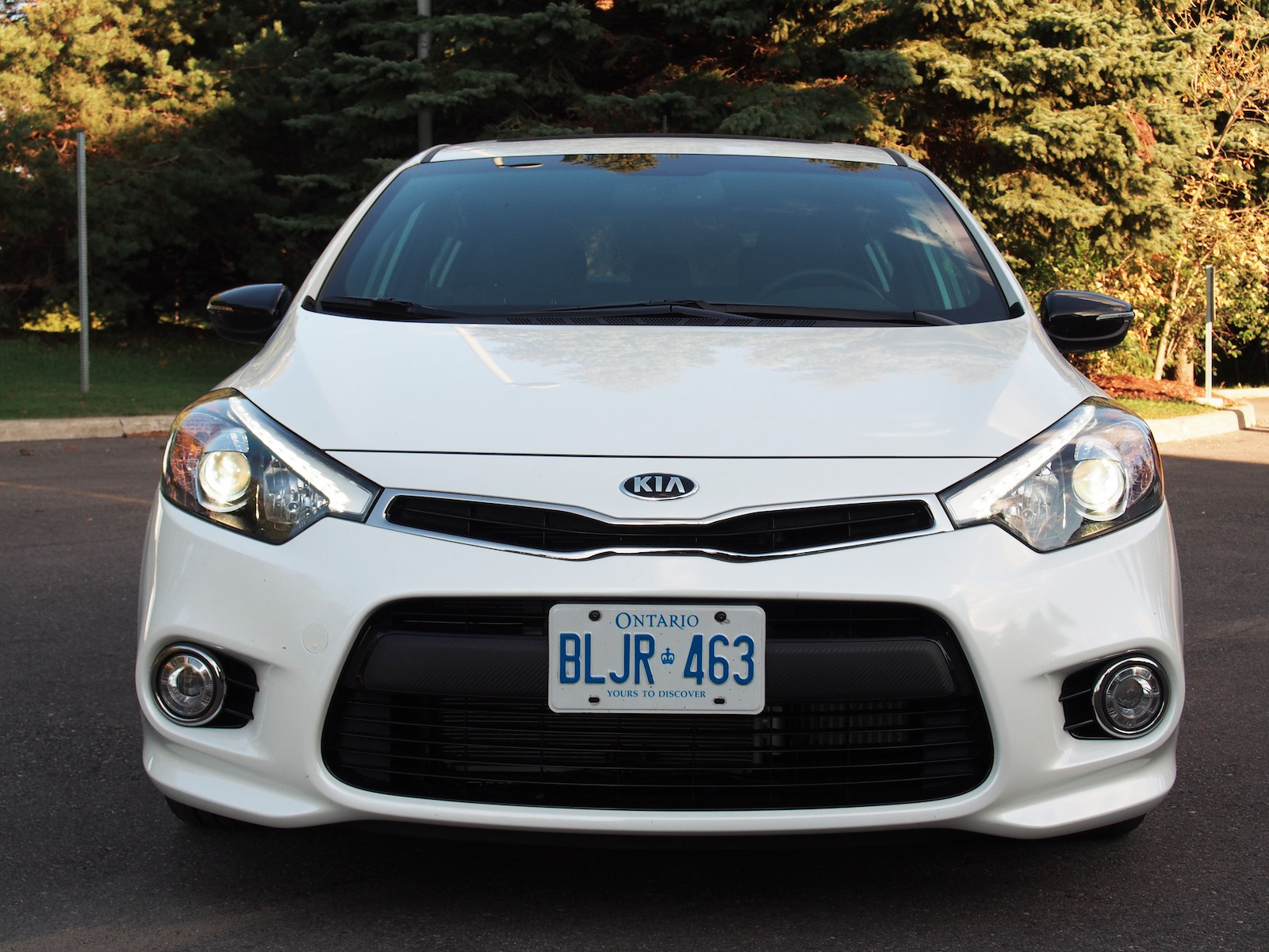 review 2015 kia forte5 sx luxury canadian auto review. Black Bedroom Furniture Sets. Home Design Ideas