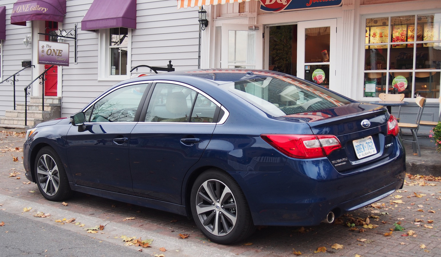 review 2015 subaru legacy limited canadian auto review. Black Bedroom Furniture Sets. Home Design Ideas