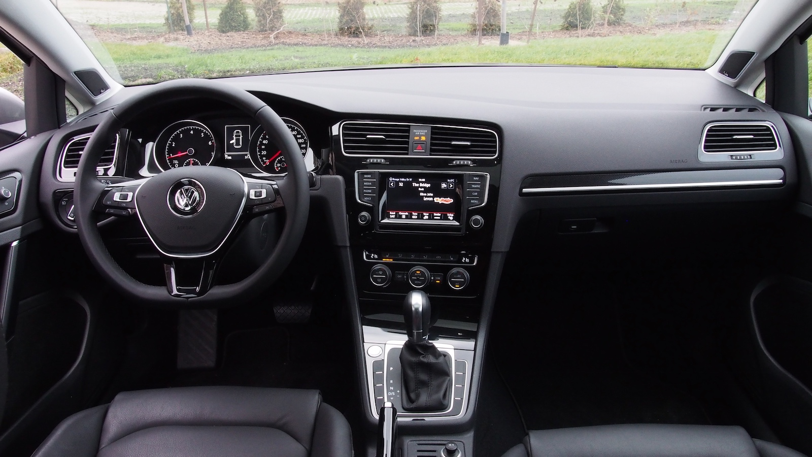 Review 2015 Volkswagen Golf 18T Highline  Canadian Auto Review