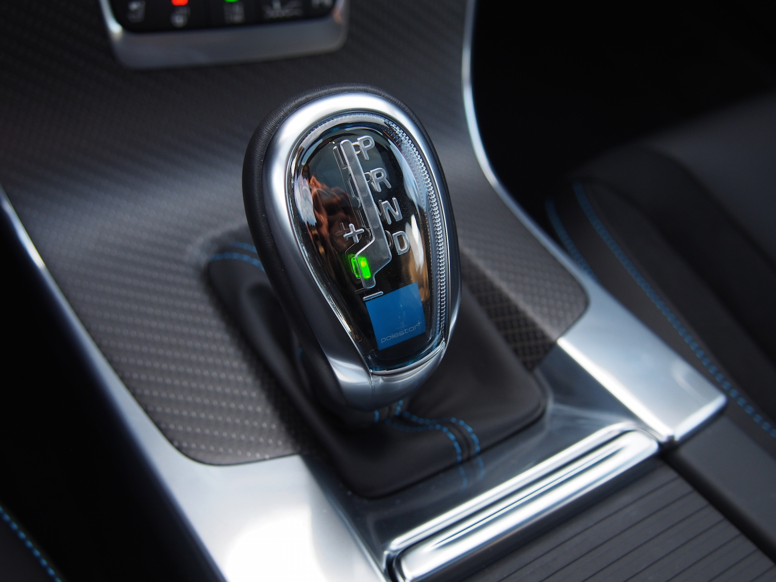Review: 2015 Volvo V60 Polestar | Canadian Auto Review