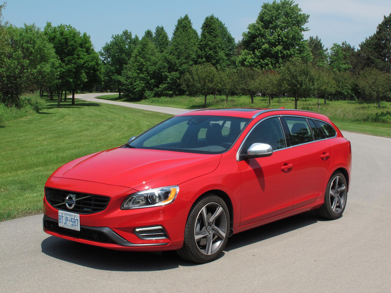 2015 Volvo V60 T6 R Design Photoshoot Cars Photos Test