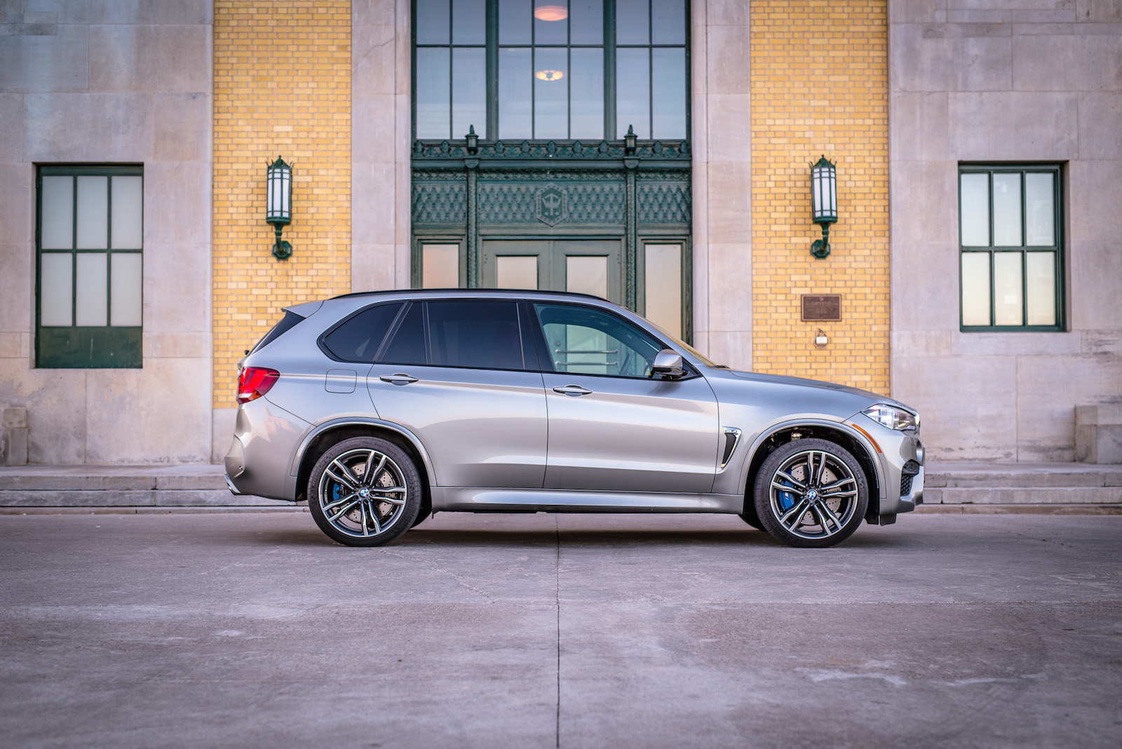 Review 2015 Bmw X5 M Canada